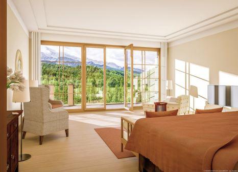 Hotelzimmer im Schloss Elmau Luxury Spa & Cultural Hideaway günstig bei weg.de