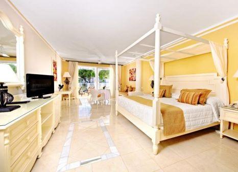 Hotelzimmer mit Mountainbike im Bahia Principe Luxury Bouganville