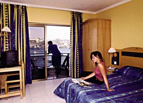 Hotelzimmer im 115 The Strand Hotel & Suites günstig bei weg.de