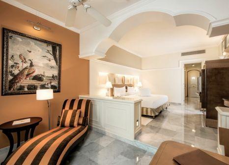 Hotelzimmer mit Mountainbike im Iberostar Grand Paraíso