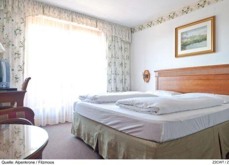 Hotelzimmer mit Tischtennis im Alpenkrone