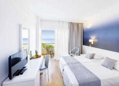Hotelzimmer mit Mountainbike im Blue Sea Beach Resort