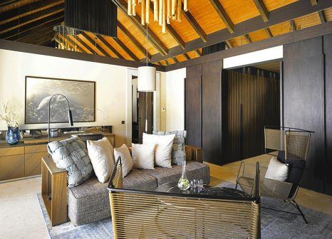 Hotelzimmer im Velaa Private Island günstig bei weg.de