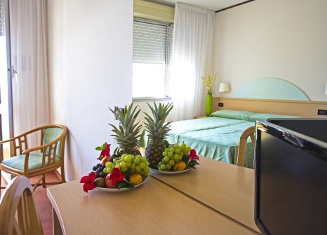Hotelzimmer mit Sandstrand im Europa