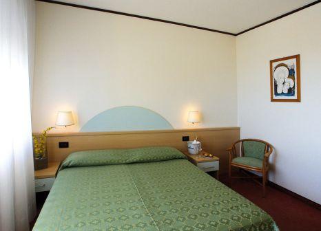 Hotelzimmer mit Kinderpool im Europa
