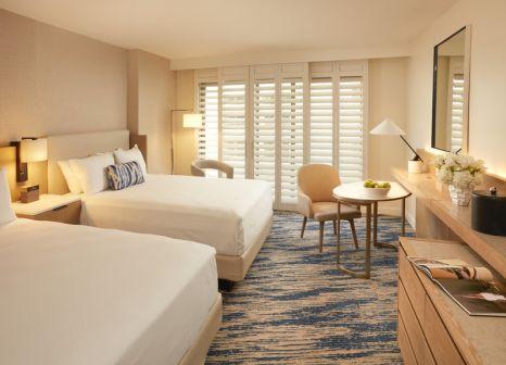 Hotelzimmer mit Mountainbike im Loews Santa Monica Beach Hotel
