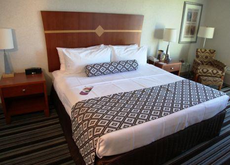 Hotelzimmer mit Fitness im Crowne Plaza Ventura Beach