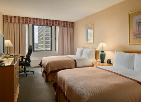 Hotelzimmer mit Fitness im Double Tree by Hilton Newark Penn Station