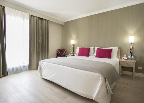 Hotelzimmer mit Hochstuhl im Olissippo Marquês de Sá
