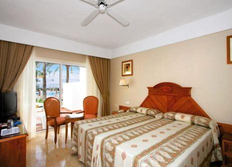 Hotelzimmer im Hotel Riu Paraiso Lanzarote günstig bei weg.de