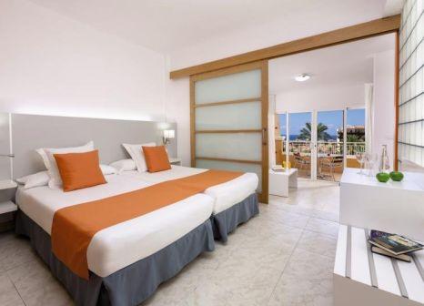 Hotelzimmer mit Volleyball im Hotel Playa Real