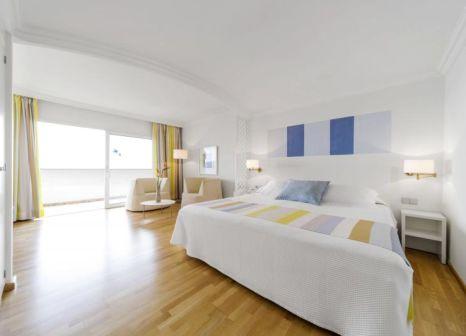 Hotelzimmer mit Yoga im OCÉANO Hotel Health Spa
