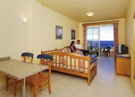 Hotelzimmer mit Tischtennis im Hotel Las Olas