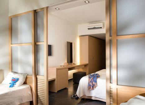 Hotelzimmer mit Mountainbike im Mikri Poli Kos