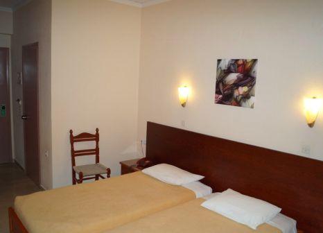 Hotelzimmer mit Tischtennis im Brati & Arkoudi