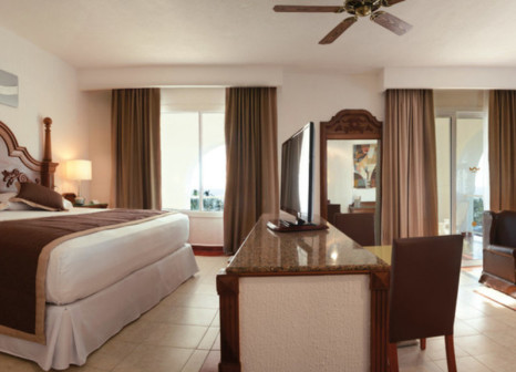 Hotelzimmer mit Mountainbike im ClubHotel Riu Jalisco