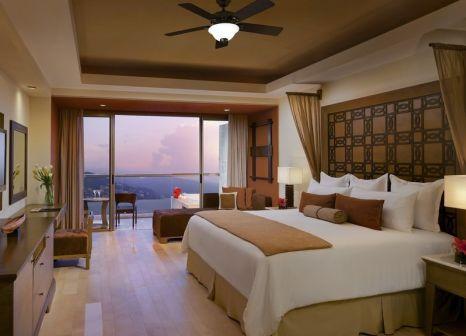 Hotelzimmer mit Volleyball im Now Amber Puerto Vallarta