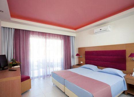 Hotelzimmer mit Mountainbike im Lydia Maris Hotel Resort & Spa