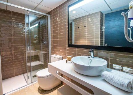 Hotelzimmer mit Minigolf im Golden Port Salou & Spa
