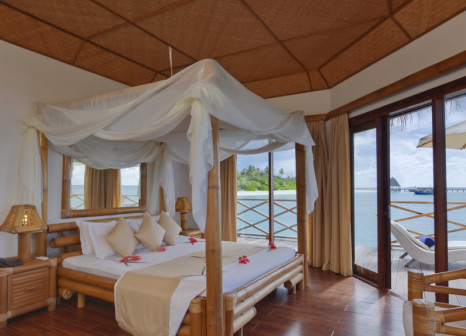 Hotelzimmer mit Tischtennis im Angaga Island Resort