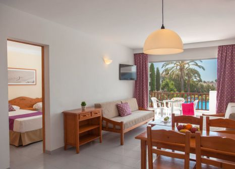 Hotelzimmer mit Volleyball im Inturotel Cala Azul Garden