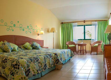 Hotelzimmer mit Mountainbike im Iberostar Mojito