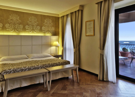 Hotelzimmer mit Golf im Baia Taormina Hotel