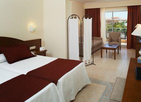 Hotelzimmer mit Mountainbike im Hipotels Barrosa Garden
