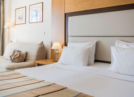 Hotelzimmer mit Tischtennis im Sensimar Lindos Bay Resort & Spa