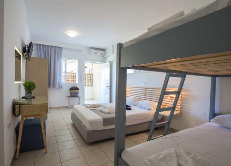 Hotelzimmer mit Kinderpool im Niforeika Beach
