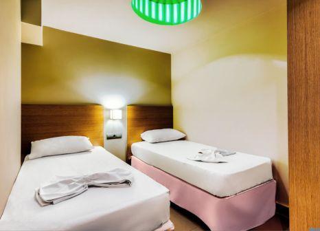 Hotelzimmer mit Tischtennis im SENTIDO Mikri Poli Atlantica
