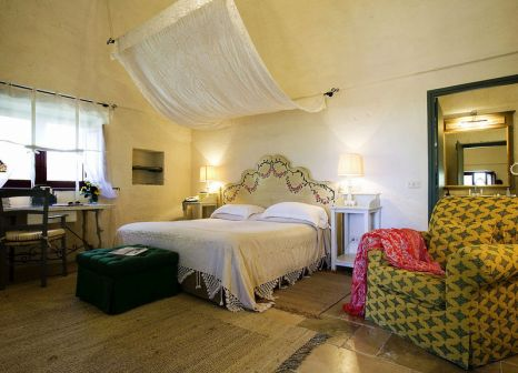 Hotelzimmer mit Mountainbike im Masseria Torre Coccaro