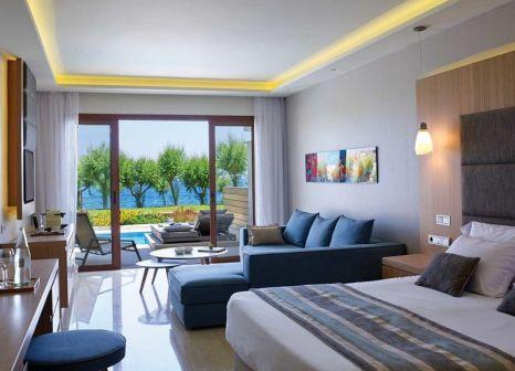 Hotelzimmer mit Mountainbike im Atlantica Imperial Resort & Spa