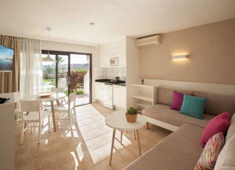 Hotelzimmer mit Minigolf im TUI FAMILY LIFE Las Pitas