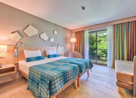 Hotelzimmer mit Volleyball im TUI BLUE Palm Garden