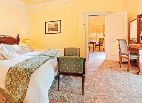 Hotelzimmer mit Mountainbike im Due Torri Hotel