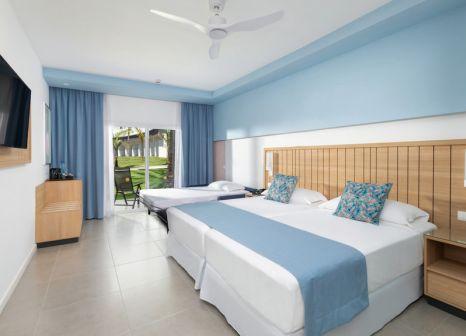 Hotelzimmer mit Tennis im Hotel Riu Palmeras