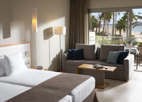 Hotelzimmer mit Mountainbike im Riu Calypso