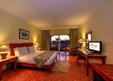 Hotelzimmer mit Volleyball im Magic Tulip Beach Resort & Spa