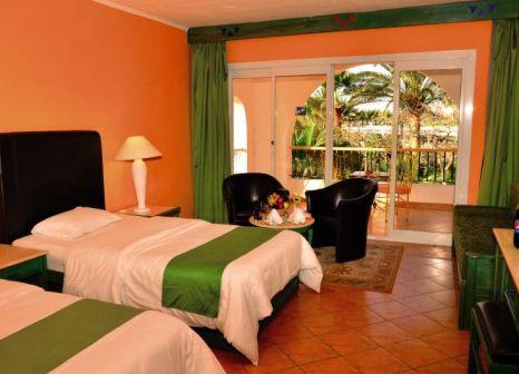 Hotelzimmer mit Volleyball im Arabia Azur Resort