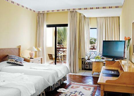 Hotelzimmer mit Tischtennis im Jaz Casa del Mar Beach