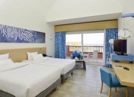 Hotelzimmer mit Yoga im Novotel Marsa Alam Hotel