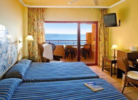 Hotelzimmer mit Volleyball im Almuñécar Playa Spa