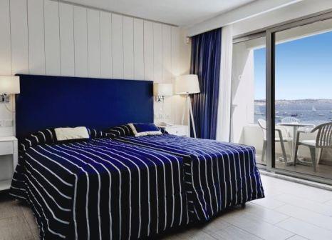 Hotelzimmer mit Volleyball im db Seabank Resort & Spa