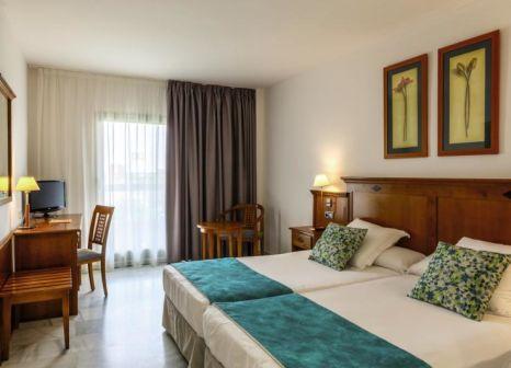 Hotelzimmer mit Volleyball im BQ Andalucía Beach Hotel