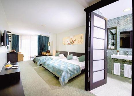 Hotelzimmer im Limak Lara Deluxe Hotel & Resort günstig bei weg.de