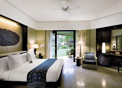 Hotelzimmer mit Volleyball im Conrad Bali