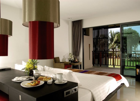 Hotelzimmer mit Volleyball im Ramada Khao Lak Resort
