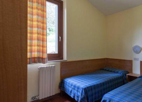Hotelzimmer mit Tennis im Residence Parco del Garda