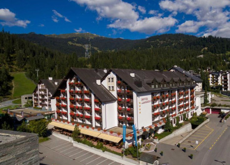 Hotel Laaxerhof günstig bei weg.de buchen - Bild von alltours